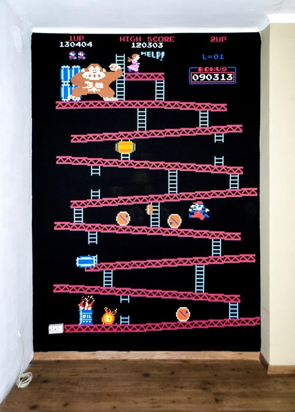 Delightful Donkey Kong Wall Decal Puts Geekiness Under The Spotlight   Walyou
