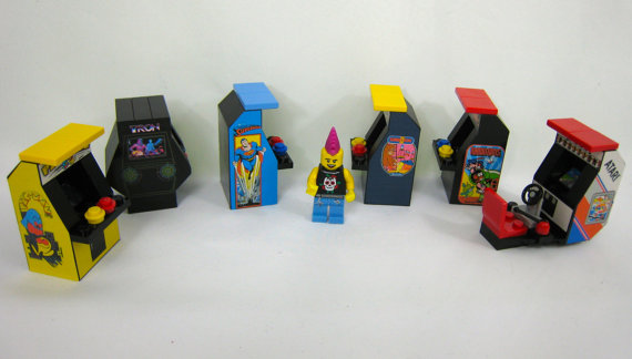 Tiny Bricks Lego 1980s Arcade Machine set image 2