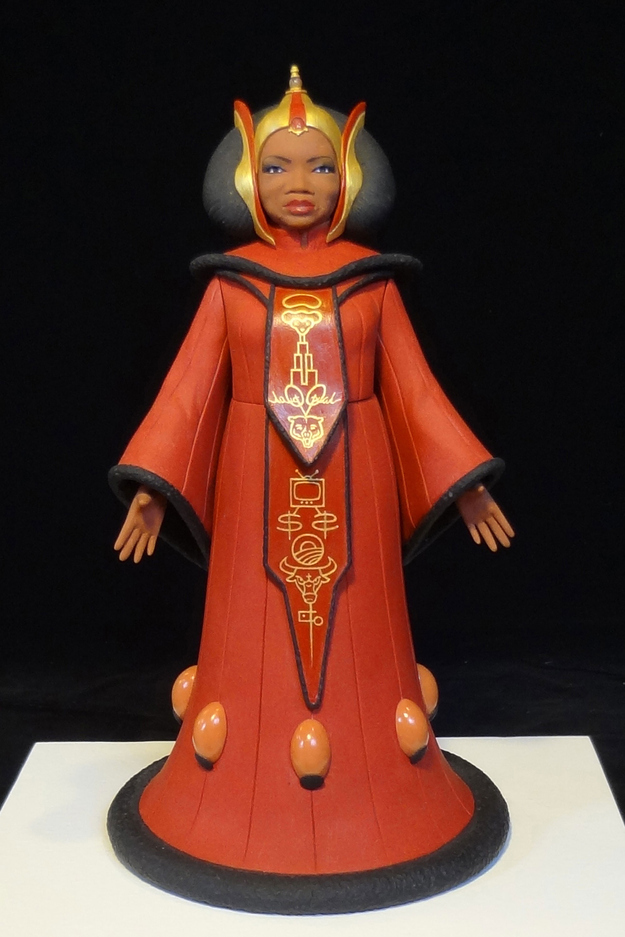 Oprah Winfrey as Padmé Amidala