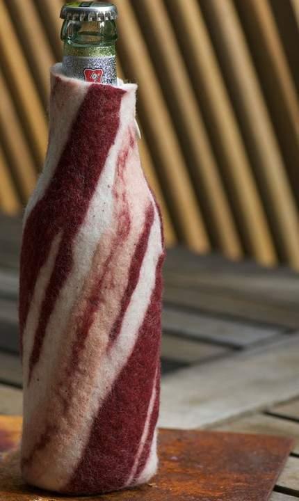 bacon-bottle-sleeve