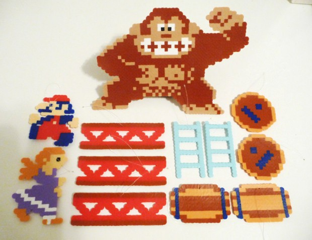 donkey_kong_christmas_ornaments_2