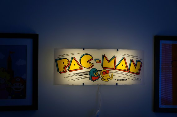 Vintage Pac-Man Arcade Marquee Wall Light