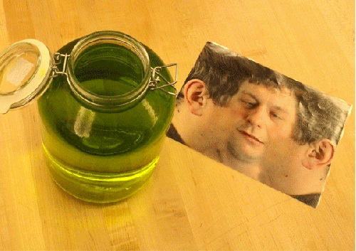 head-in-a-jar-prank-2