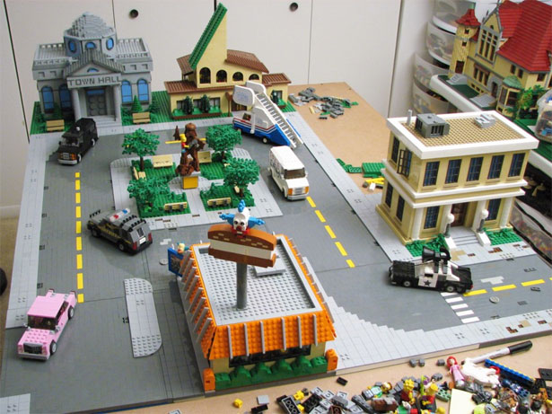 Springfield in Lego 8