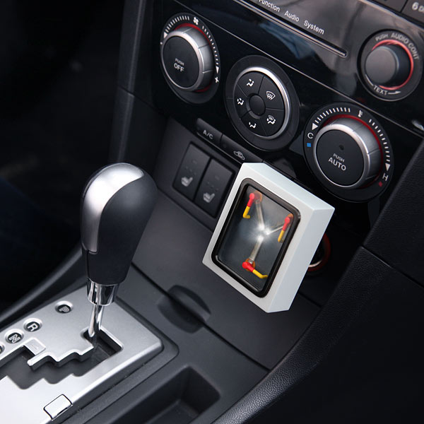 flux-capacitor-usb-car-charger