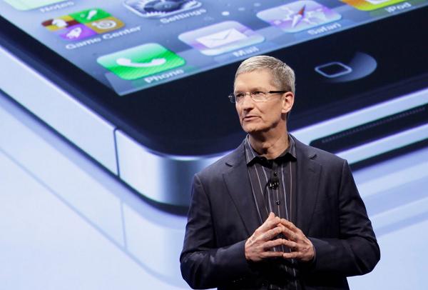 Tim Cook Apple iPhone