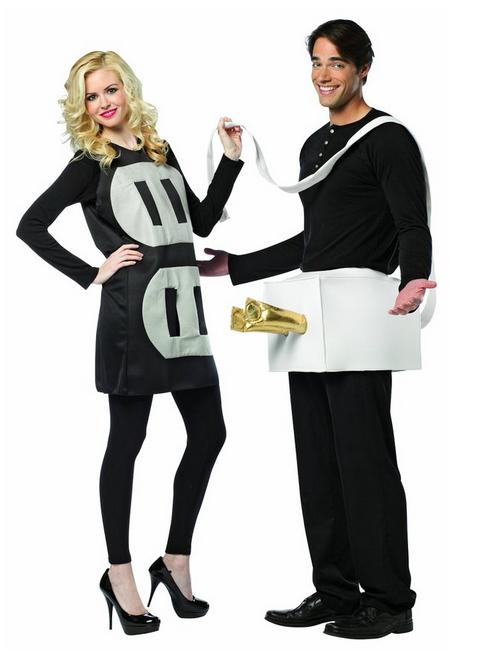 Halloween-Couples-Costumes-Ideas-plug-socket