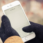Knitted Touchscreen Gloves 01