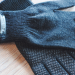 Knitted Touchscreen Gloves 02