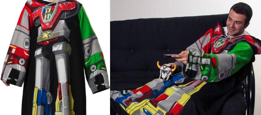 FUUNY Voltron Cozy fleece blankets