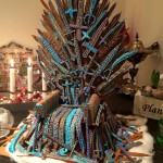 Gingerbread Iron Throne 00001