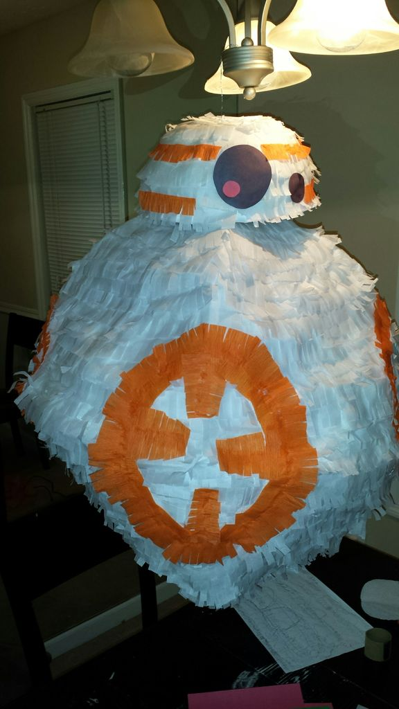 diy-star-wars-bb-8-pinata