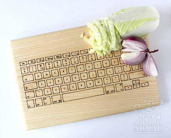 computer-keyboard-cutting-board