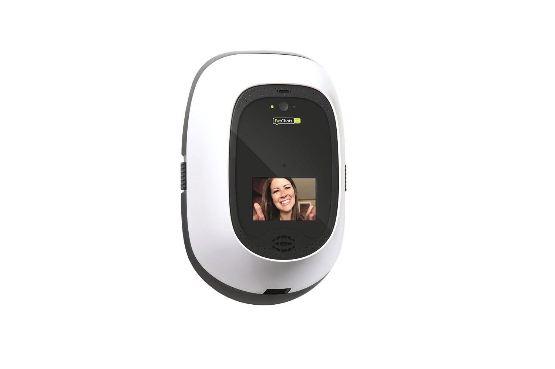 petchatz-hd-greet-treat-videophone