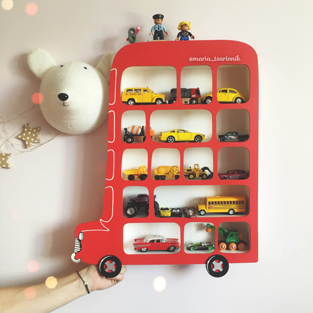 30-stylish-products-to-organize-your-life-shelf-london-bus