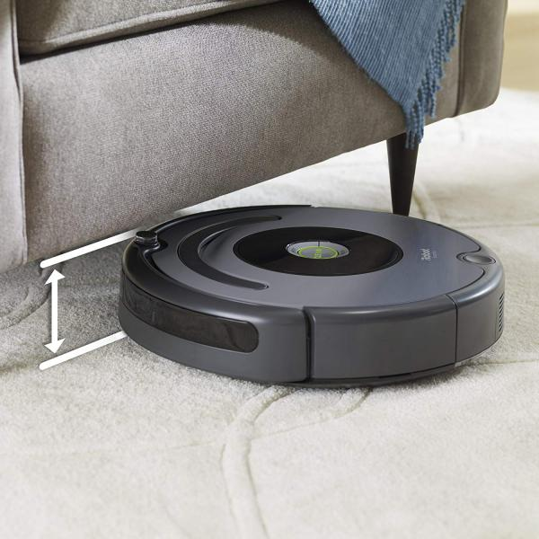 iRobot Roomba 640 in action