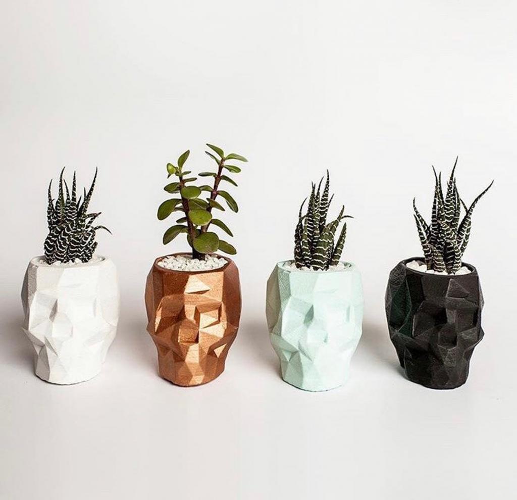 Skull Concrete planter