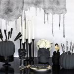 Very cool skull vase decor for halloween