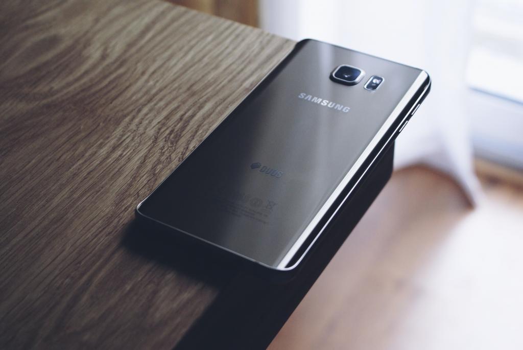 black Samsung phone