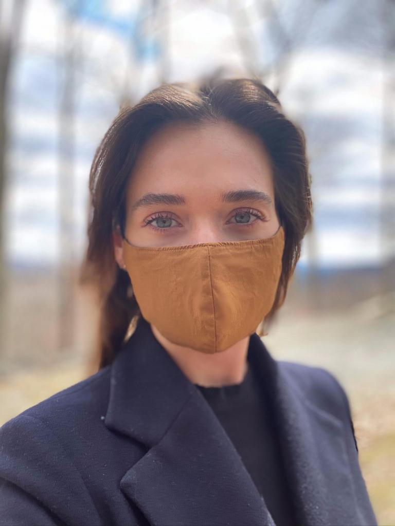 Minimalist Cotton Face Mask with Nose Wire